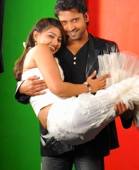 sumanth lifting sneha showing her shapes