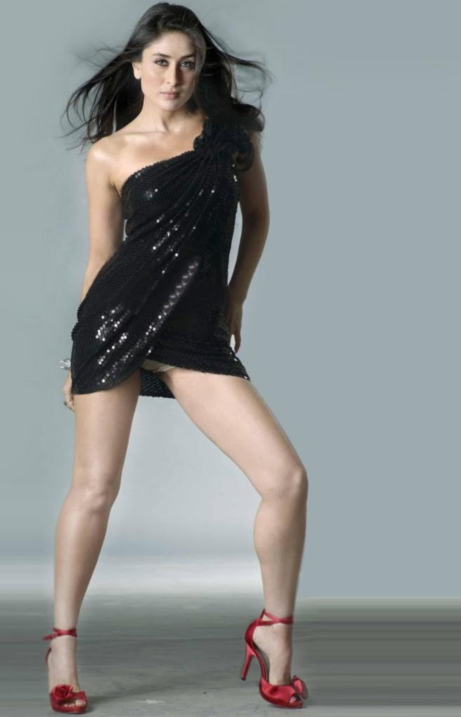 kareena kapoor hottest pose panty peek and milky thighs